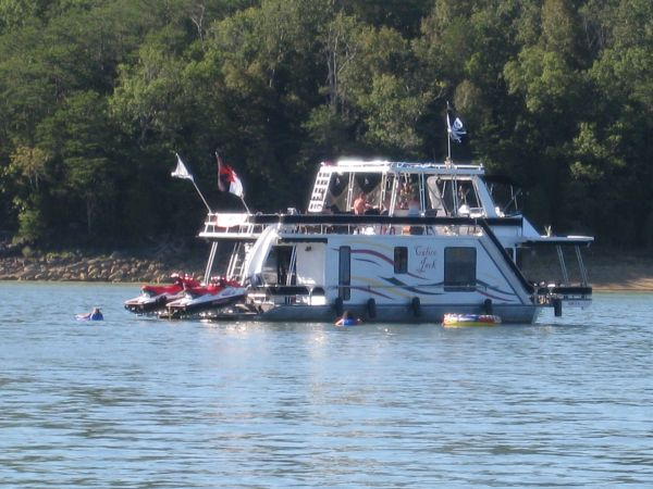 Houseboat - Calico Jack - The only one like it - $155000 (Knoxville)