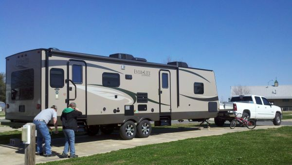 2011 35 EverGreen EverLite with XtraRide Platinum Extended Warranty - $24900 (Longville, LA)