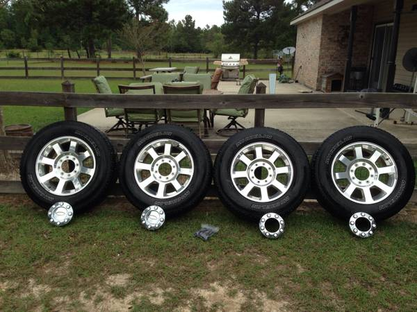 20 Ford F250 rims and tires - $800 (Moss Bluff)