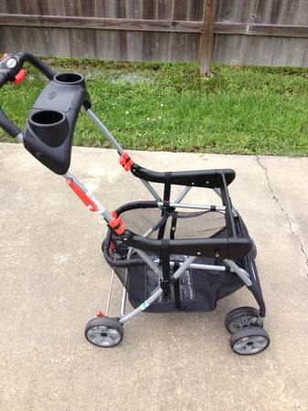 Snap-N-Go Baby Trend Stroller - $25 (South Lake Charles)