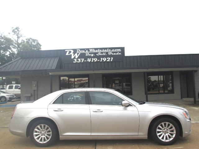 16 999  2012 Chrysler 300 used cars in 70601