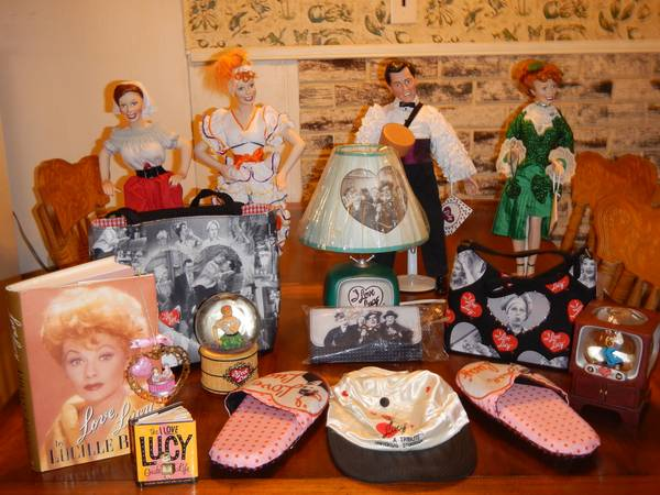 I Love Lucy Collectibles - $750 (Reeves )