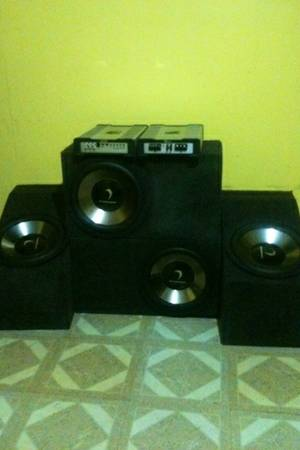 Competition DIAMOND system. Four 12 subwoofers,  two 1200 watt s - $600 (Lake Charles)