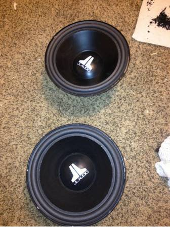 Jl Speaker. And also a probox - $1 (Lake Charles)