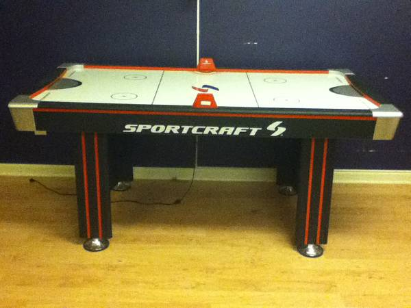 Air Hockey Table 6 Foot Great Condition Good Quality Sportcraft (lc)