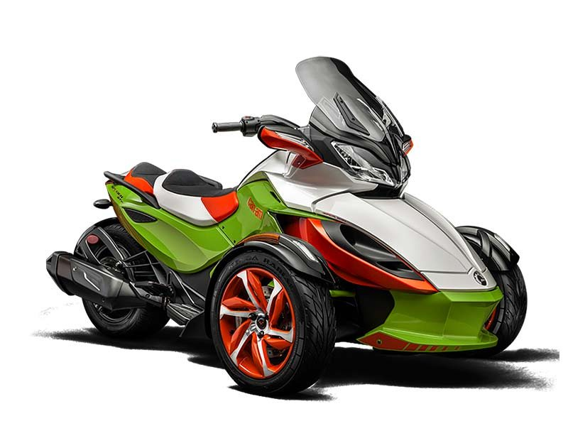 22 949  2015 Can-Am Spyder ST-S Special Series SE5