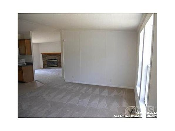 ----- REDUCED - 3BD2BA MOBILE HOME AND LAND ----- (SAN ANTONIO, TX)