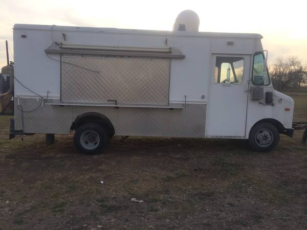 83  Ford food truck -   x0024 12000  beeville  tx