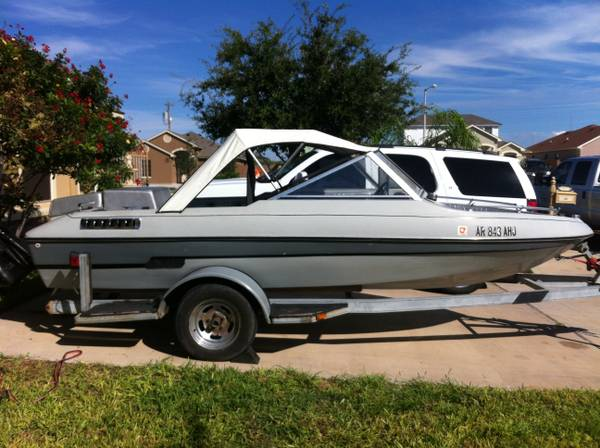 VIP Boat for sale 1982  -   x0024 2500  Hwy 359