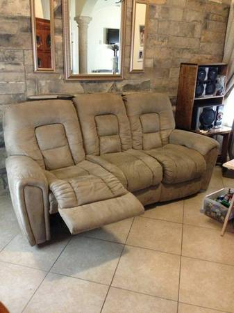 Sofa and Love seat - $1000 (North Laredo)