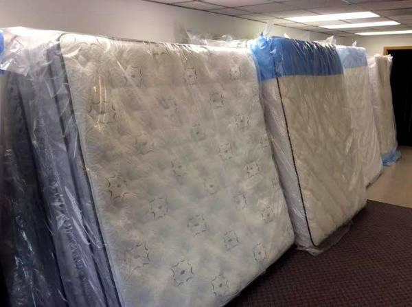 400  Sibley King Pillow top Mattress In Stock Starting At  400 Mattress by Appointment SA