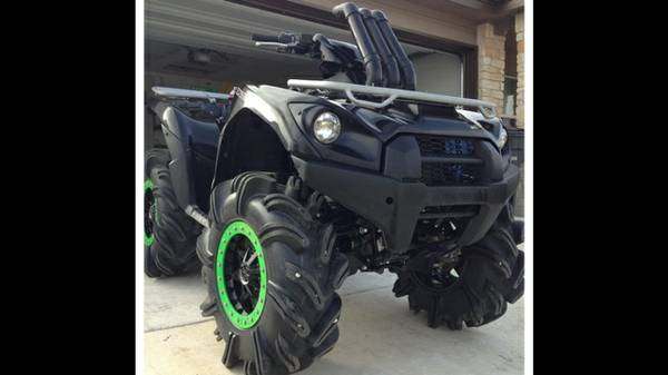 2012 Kawasaki BRUTE FORCE 750 29.5 outlaws bead locks  - $9300 (New Braunfels )