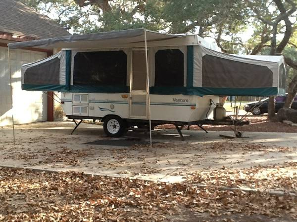 Pop-up trailer 1999 Starcraft Ventura 2407 - $4000 (La Vernia (east Bexar county))