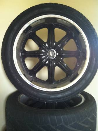 22 Rims Boss Limited Edition (8 star) - $500 (Laredo, Texas)