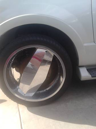 24 inch single blade rims for 750 - $750 (laredo, tx)