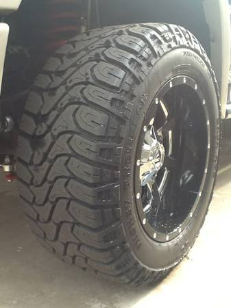 20x12 fuel mavericks(2 piece wheel) with tires - $3500 (Laredo, Tx)