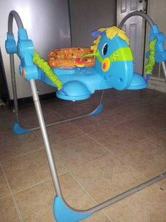 jumperoo horse - $40 (laredo)