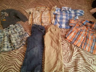 boys clothing - $35 (laredo)