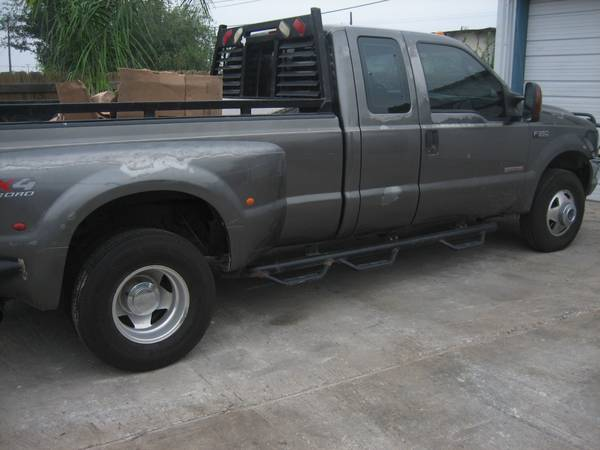Welder diesel dually F350 4x4new tires - $12700 (Edinburg)