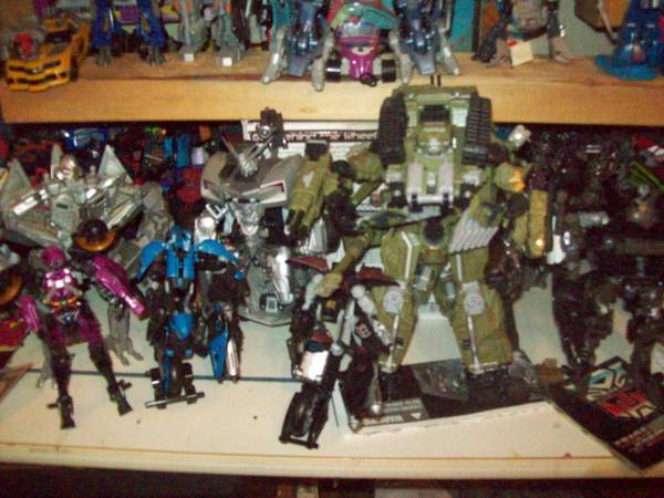 TRANSFORMERS MOVIE HUGE LOT  -   x0024 550  SOUTH SIDE