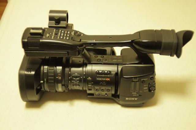 Sony PMW-EX1 Camcorder  Letus Extreme 35 Bundle - $2000