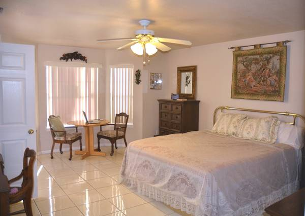 - $1200 2br - 1620ftsup2 - Winterhaven Resort Home (Brownsville, Tx)