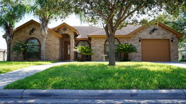- $110000 3br - 1290ftsup2 - MISSION HOUSE FOR SALE WITH 3 BEDROOMS 2 BATHS (MISSION, TX)