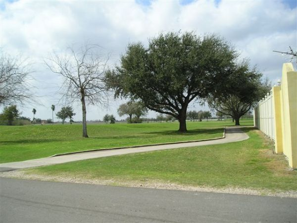 $40000 1br - 500ftsup2 - INCOME PROPERTY,FURNISHED PARK MODEL ON GOLF COURSE WITH EXTRA RV SITE (EDINBURG, MONTE CRISTO EXIT OFF OF 281)