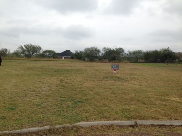 $21900 12ftsup2 - MUST SELL 12 ACRE (4MIN. N OF WESLACO)