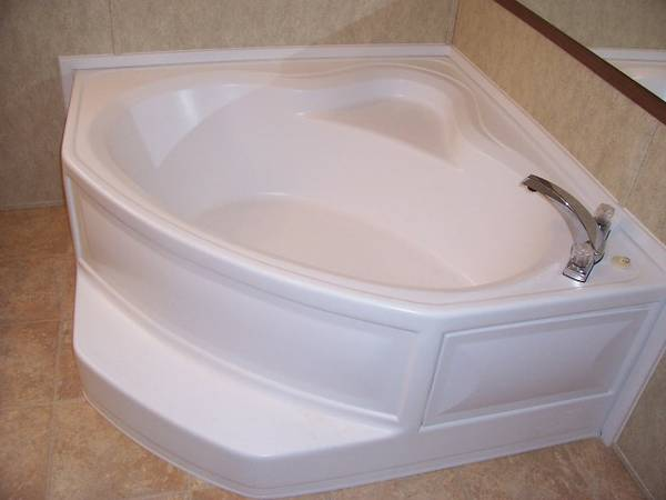 New White Garden Tub Sell Trade -   x0024 500  Mission