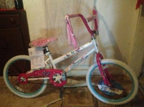 HUFFY 20 SEA STAR GIRL BIKE - $50 (Edinburg )
