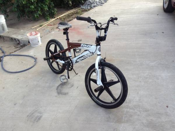 Selling a mongoose bmx 20 inch bike - $50 (Rio grande city)