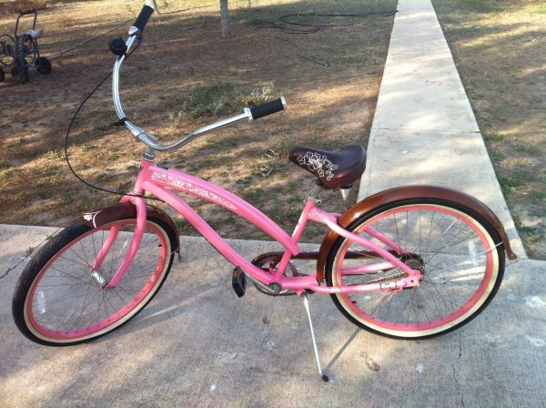 Nirve 3 Speed Womans Beach Cruiser Pink Pearl - $250 (Mission)