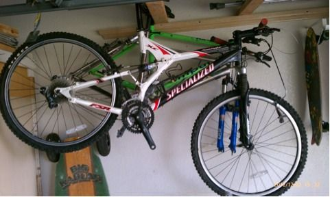 Bicycle Specialized FSR - $300 (Mission)