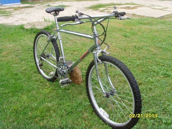 RALEIGH TETON MOUNTAIN BIKE - $140 (mcallen)