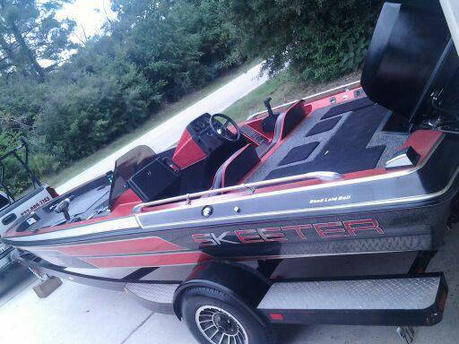 1996 SKEETER WITH 235hp BASS BOAT -   x0024 3900  Alamo
