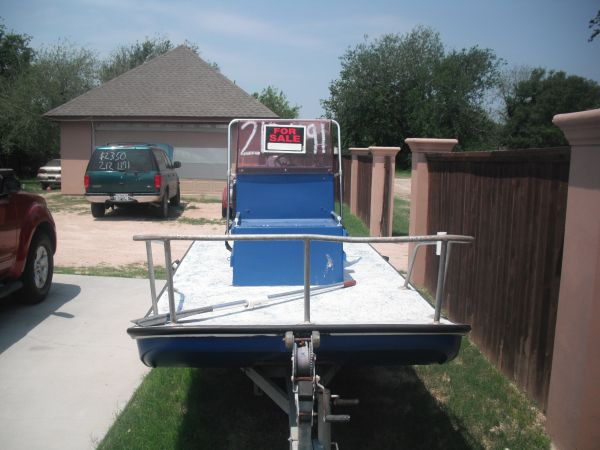 Dargel boat REDUCED to sell - $2900 (shary rd)
