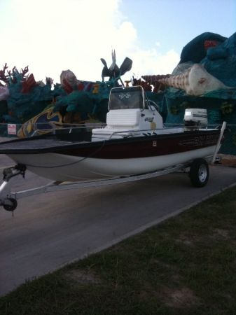 BAYHAWK BOAT WITH TRAILER - $5 (WESLACO)