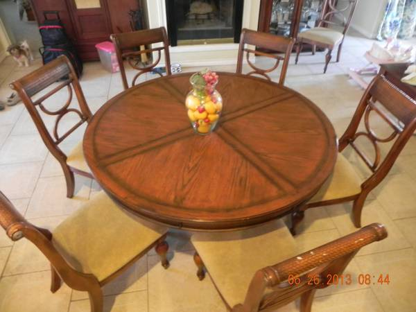 dining table - $1200 (alamo, tx)