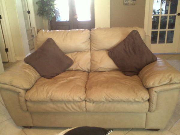 LEATHER SOFAS - $700 (RIO GRANDE CITY)
