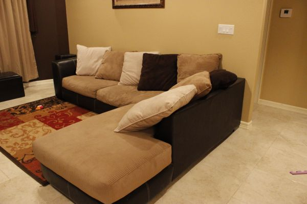 Sectional Sofa - $750 (Pharr)