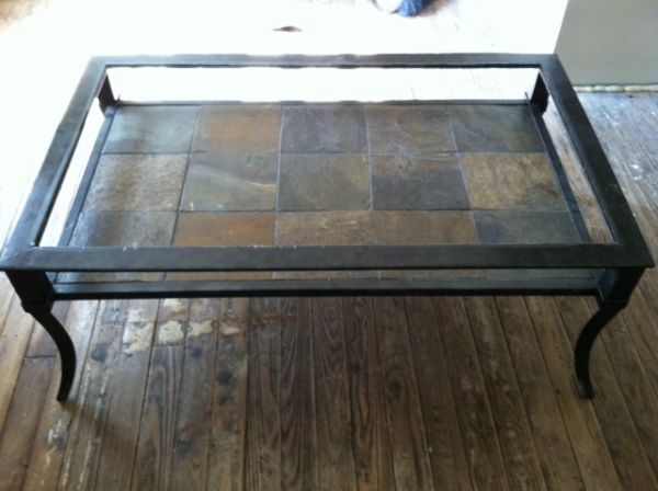 BEAUTIFUL LIVING ROOM CENTER AND END TABLE - $150 (RGV)