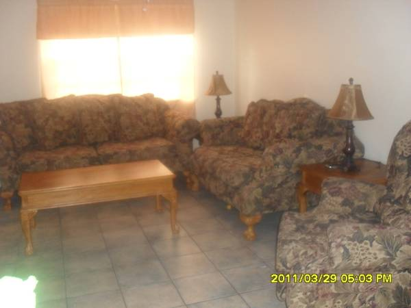 Sala Semi-NuevaNice Living Room - $1300 (Edinburg, Mcallen, Mission, Pharr.Valley)