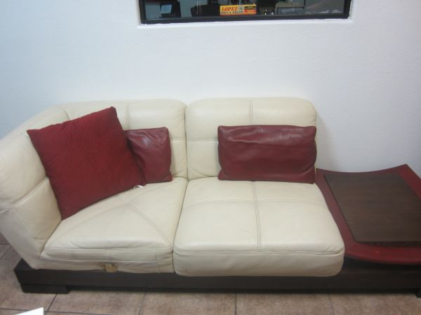 BEAUTIFUL MODERN LEATHER SOFAS AND CENTER TABLE - $899 (LOPEZ TIRES AND WHEELS)
