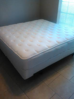 $540, King-Size Pillow-top Orthopedic Mattress, 2 Boxspring, Deluxe Metal