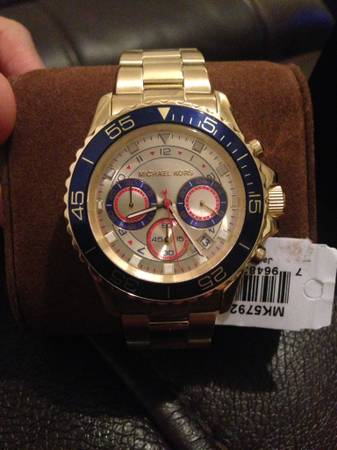 Michael Kors watch -   x0024 240  Mcallen