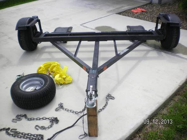 TOW DOLLY WITH DISC SURGE BRAKES - $1150 (La Feria, TX)