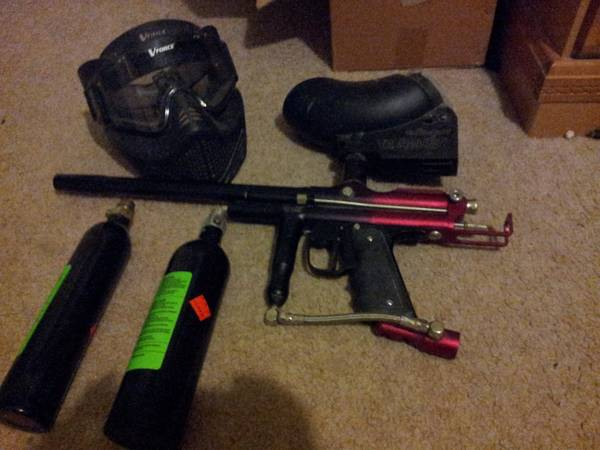 Paintball gun bundle - $150 (Mcallen)