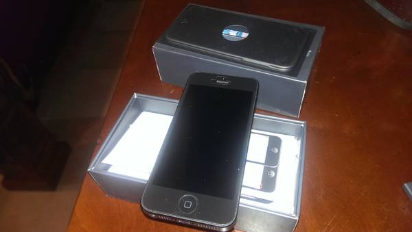 Trade Iphone 5 for slate pool table - $500 (Rgv)
