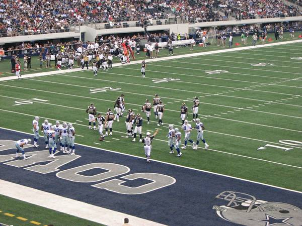 Dallas Cowboys vs St. Louis Rams Tickets - $375 (Section 219)